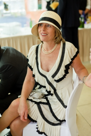 Stylish guest in her 1920s outfit at a Highgate wedding